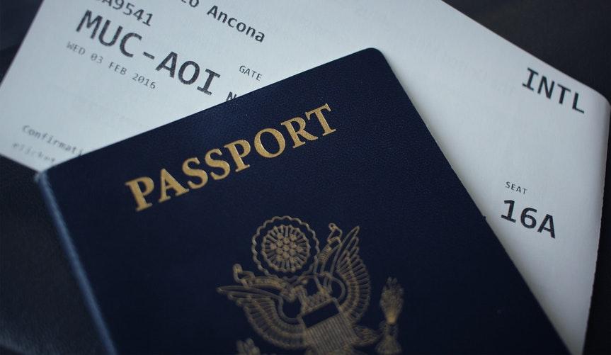 Ganti Nama Di Tiket Pesawat Lihat Panduan Untuk Maskapai Indonesia