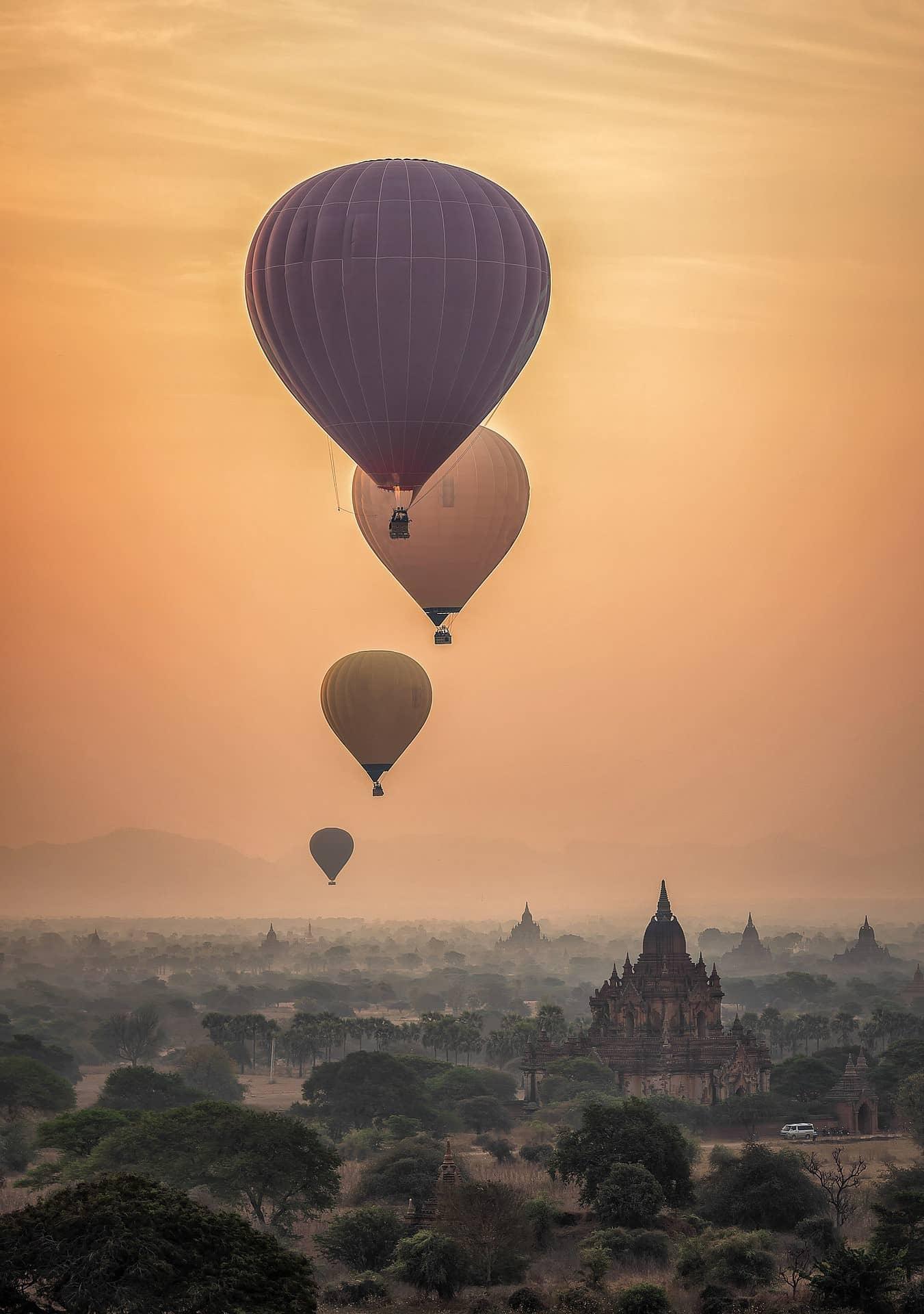 wisata balon udara myanmar