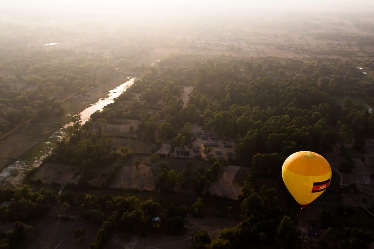 wisata balon udara kamboja