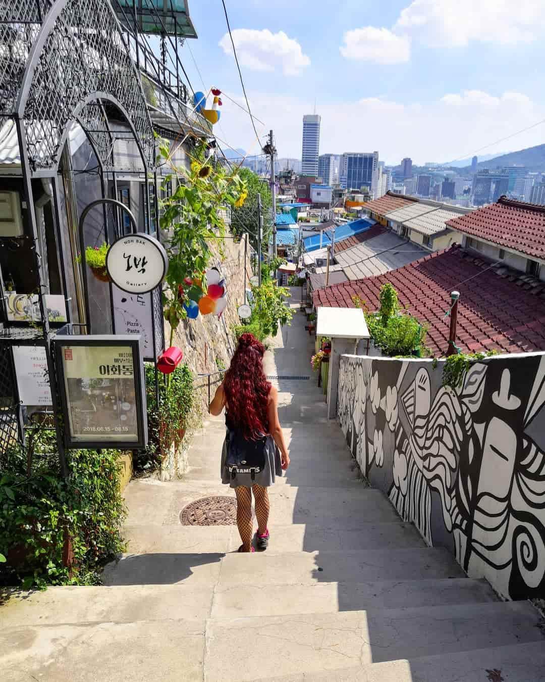 Ihwa Mural Village Sumber Instagram gaeruchan-min