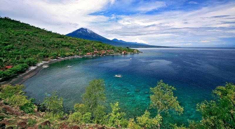 Pantai-Amed-Bali by kintamaniid