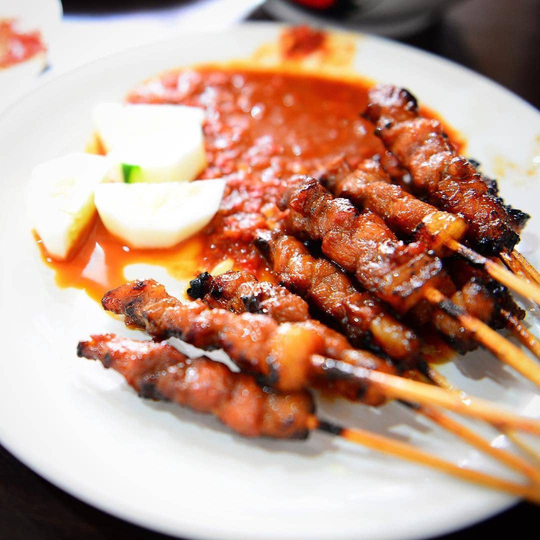 Tempat Makan Legendaris di Bali