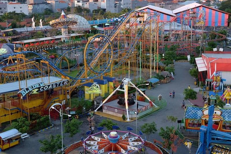 surabaya-carnival-park by takaitucom-min (1)