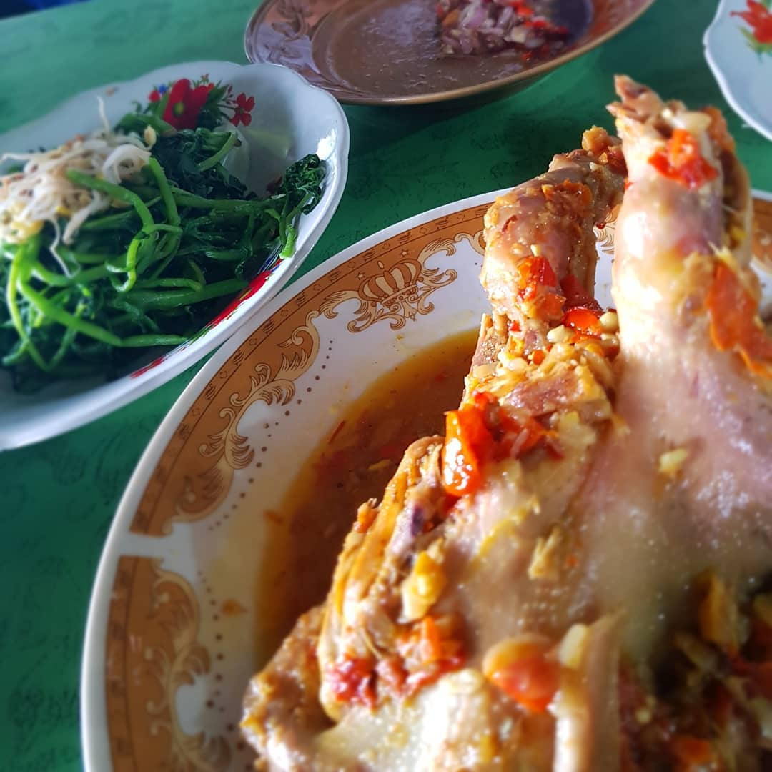 Ayam Betutu Men Tempeh, Gilimanuk Sumber Instagram funnangelia