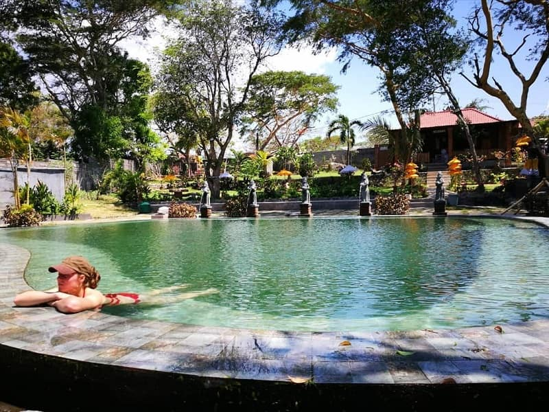 Sumber Instagram jenny.hxhnx (Pemandian Air Panas Banyuwedang Bali)-min