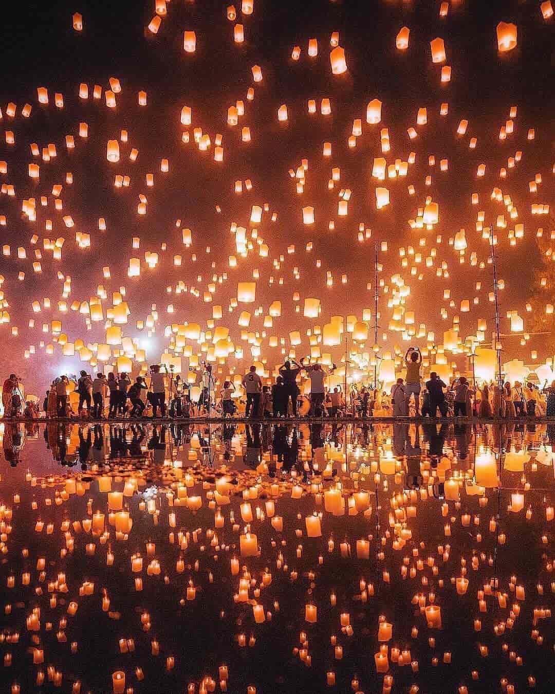 Tahun Baru di Chiang Mai Thailand Sumber Instagram travellerspursuit-min