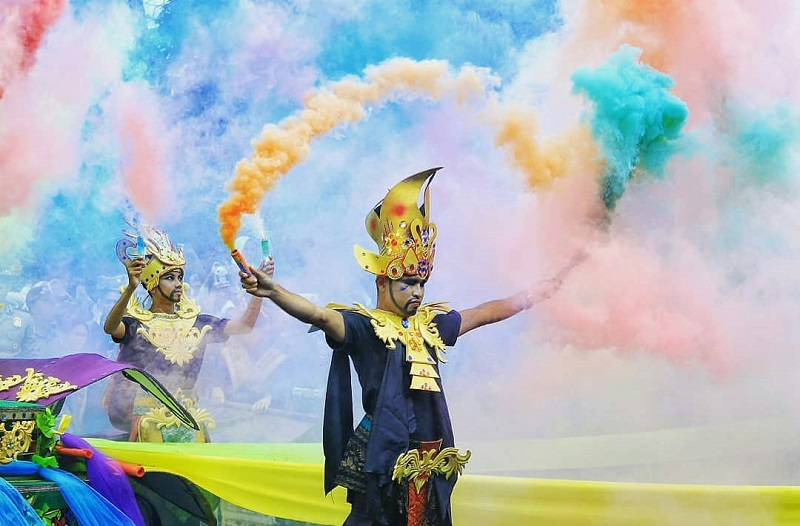 Festival Bau Nyale Lombok Sumber Instagram cebutx_21
