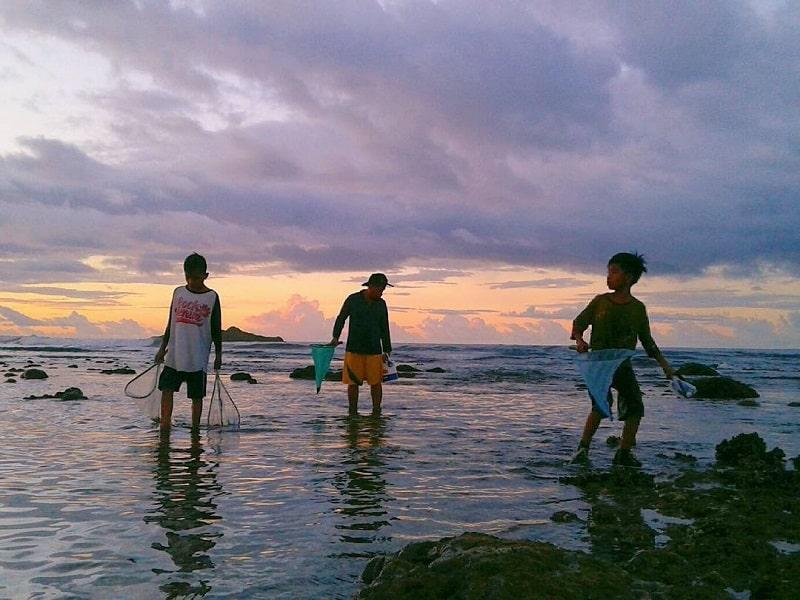Festival Bau Nyale Lombok Sumber Instagram kaarlyna