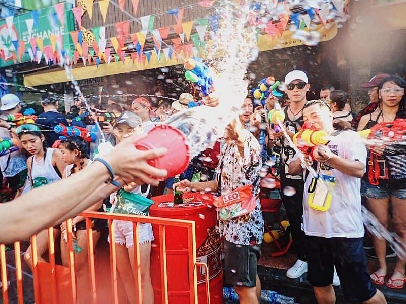 Panduan Lengkap Wisata Bangkok Songkran Festival Sumber Instagram songkrangram