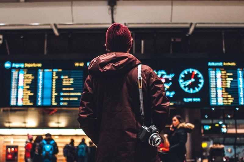 Tips dan Cara Transit Pesawat Satu atau Beda Maskapai