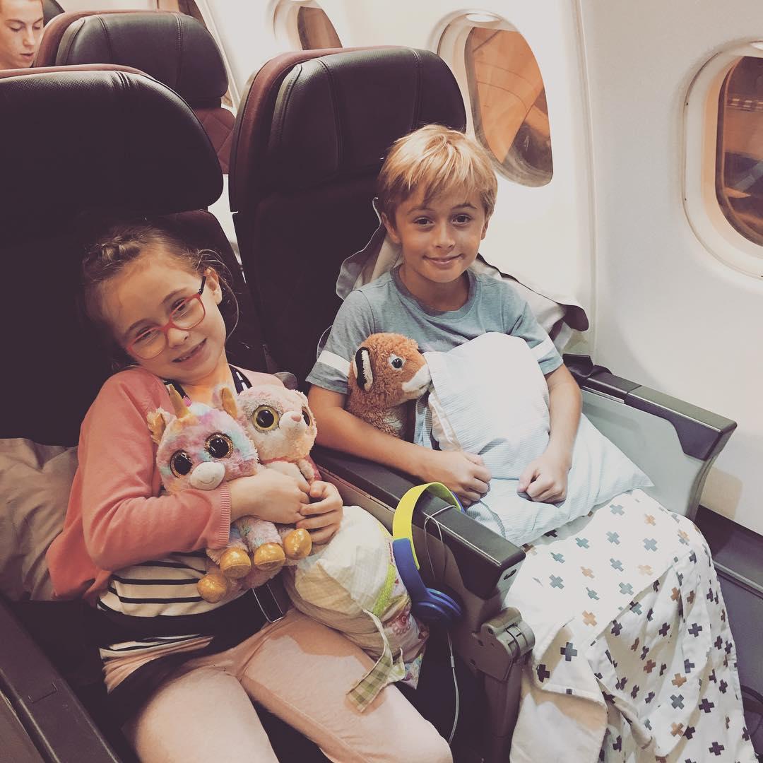 Panduan Membawa Anak Liburan Naik Pesawat - Sumber Instagram simplyforflying